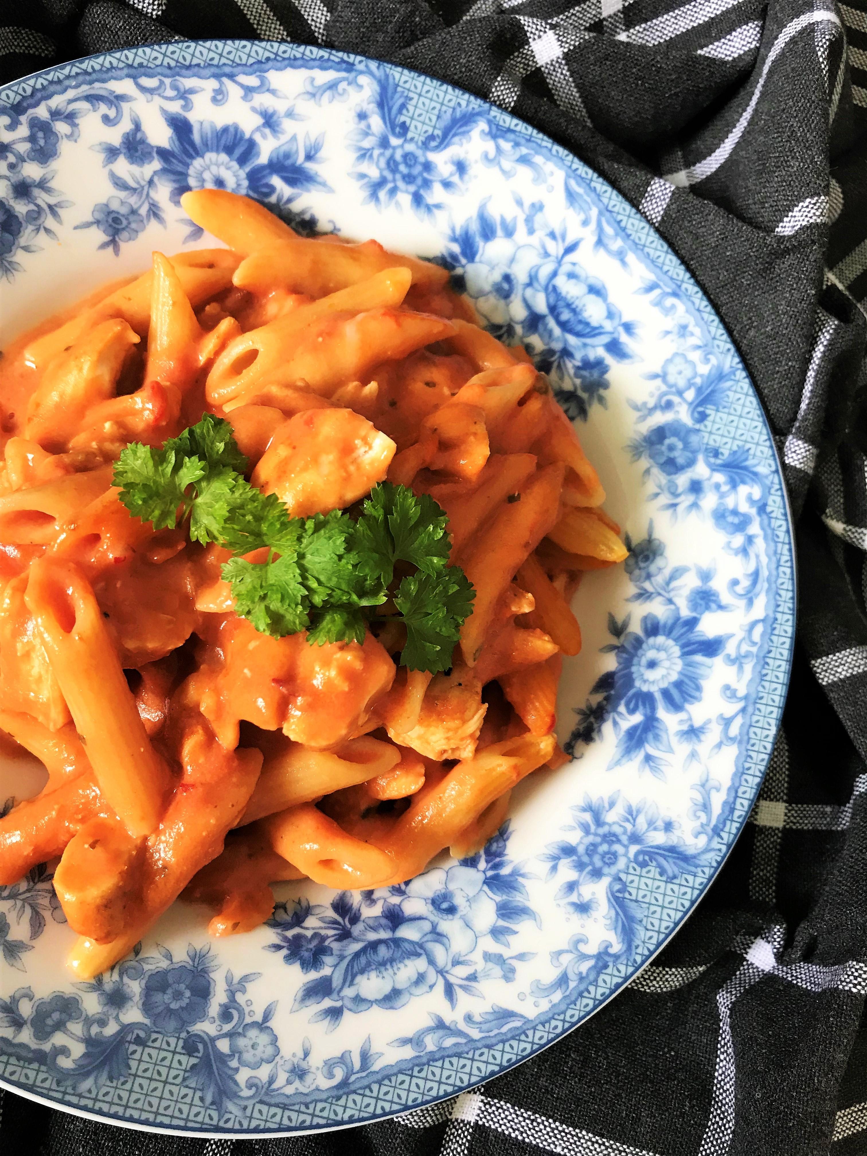 pasta kycklinggratäng matmedsofie